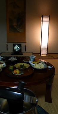 火鉢と食卓